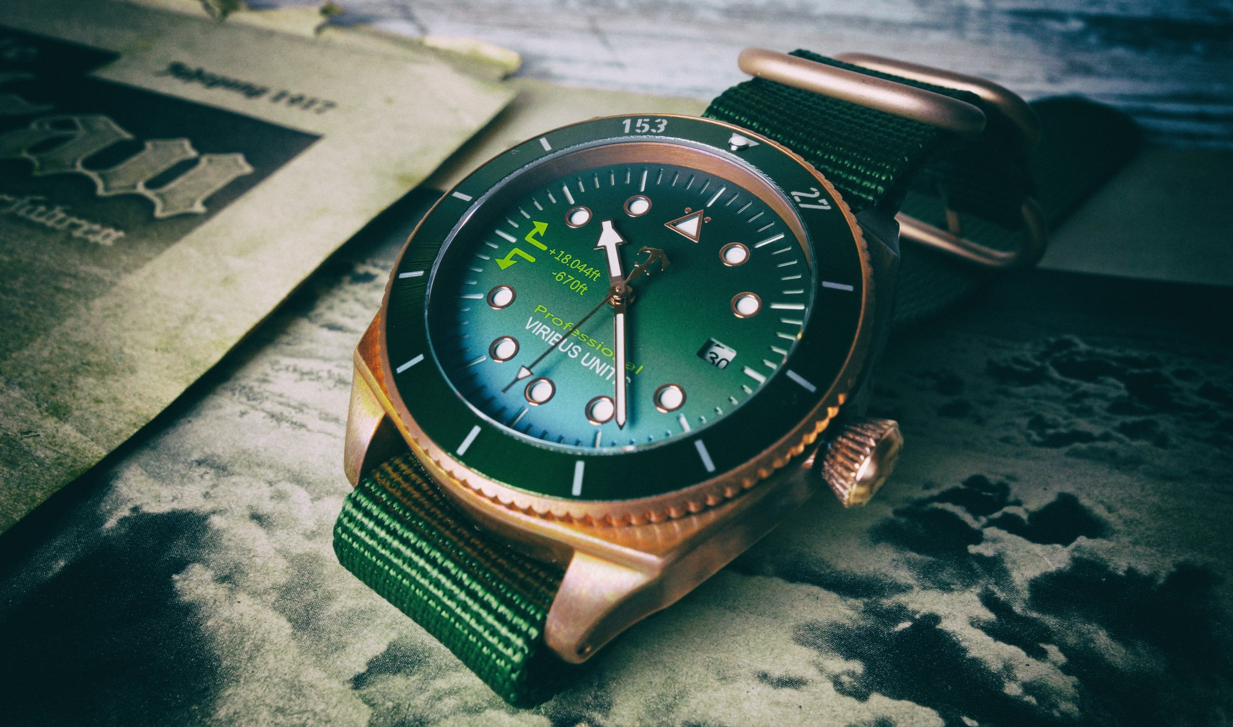 Wristwatch Review: Men's Fossil Decker Vintage Bronze Watch